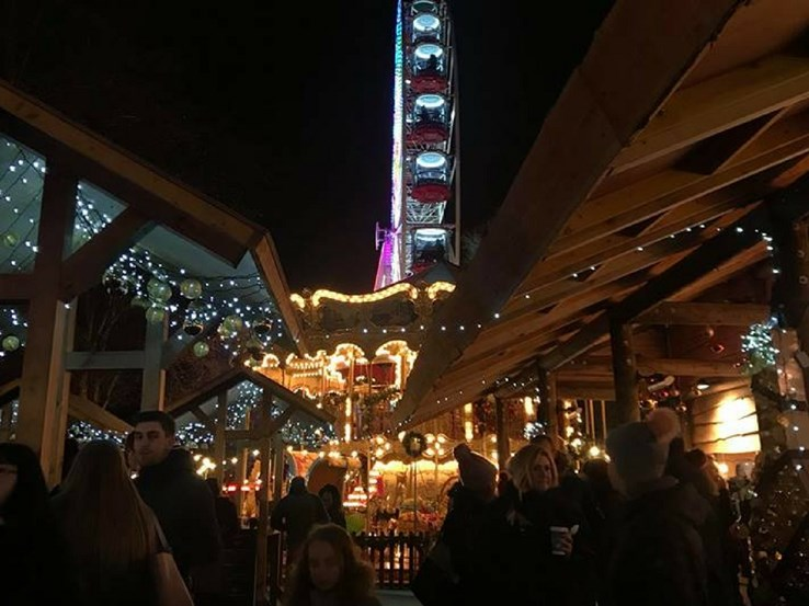 Glasgow Christmas Markets at Night