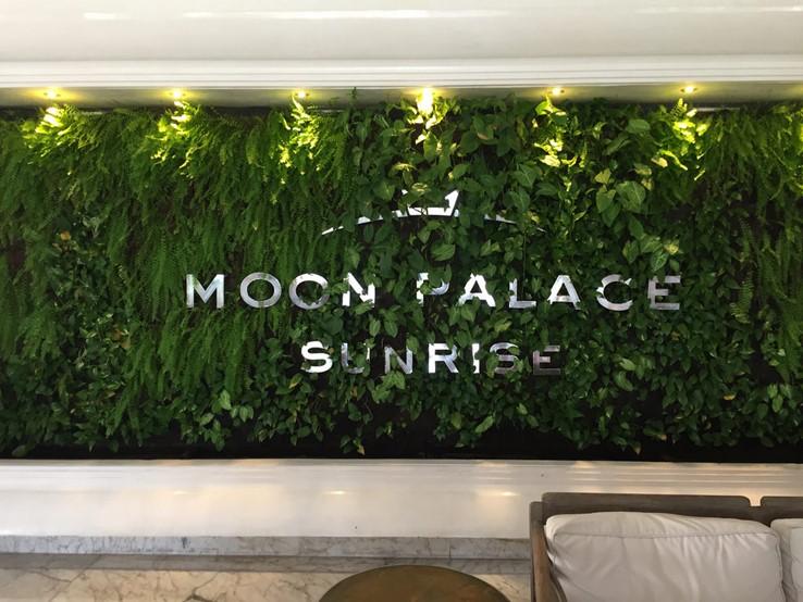 Moon Palace Sunrise + Nizuk + Grand by tvanhoosear (CC BY-SA 2.0)